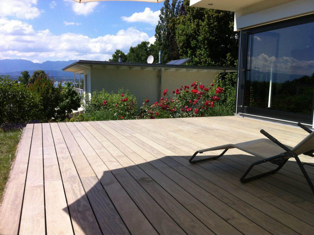 Construction terrasse en bois composite gen ve et for Construction terrasse