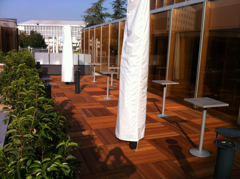 balcon-sol-bois-naturel